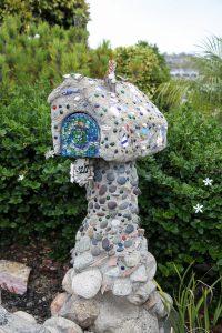 Temple-Hills-Drive-mailbox