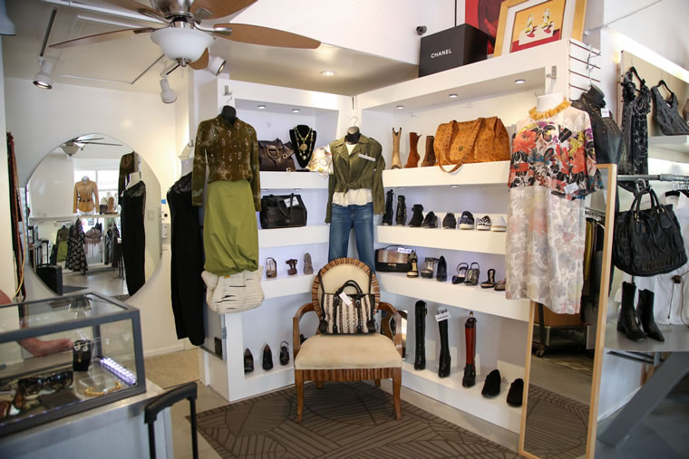 LBM_55_Shopping_Havoc Clothing_By Jody Tiongco-22