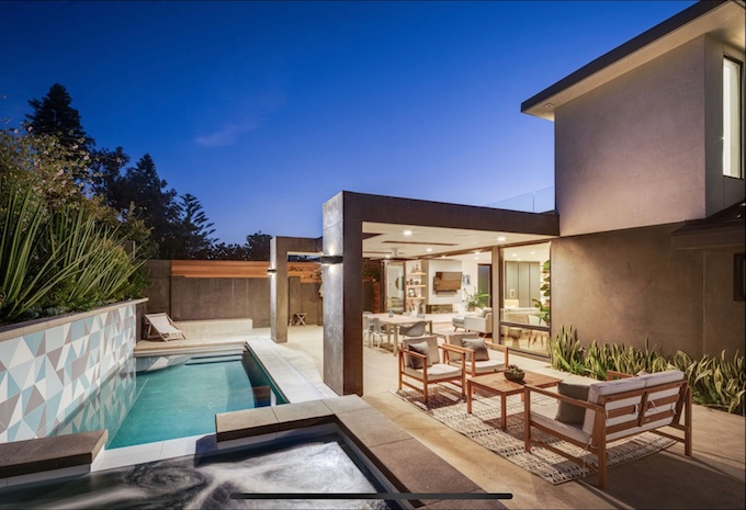 pool by Matt Johnson_credit Chad Mellon