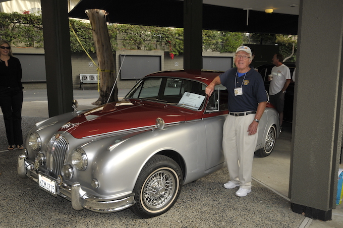 Udo Stoeckmann with his Jaguar Mark 2 in 2009